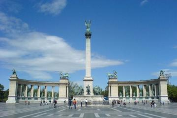 Communist Tour of Budapest with private transport and guide