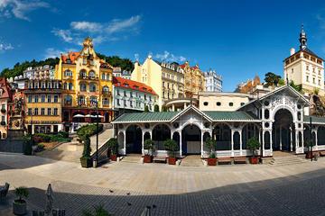 Journée complète à Karlovy Vary au départ de Prague avec un déjeuner...