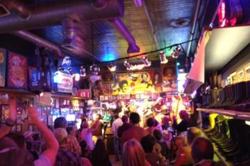 Day Trip Honky Tonk Bar Pass near Nashville, Tennessee
