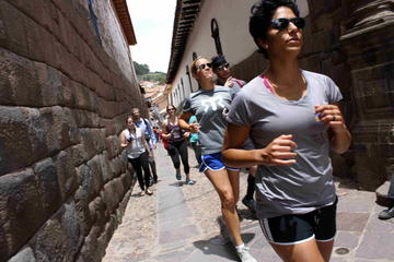 Tour de corrida de 7K, saindo de Sacsayhuaman para o Centro Histórico...