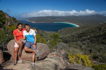 Full-Day Tour One-Way from Launceston to Hobart with Freycinet...