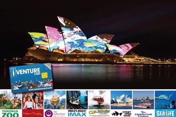 Sydney-combitour: VIVID Dinner Cruise en Sydney Attraction Pass