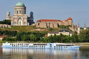 Tour privato di un giorno con pranzo sull'ansa del Danubio a Budapest
