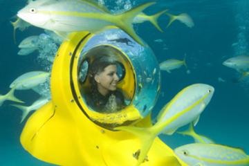 Excursion au bord de mer à Nassau: Aventure en sous-marin aux Bahamas