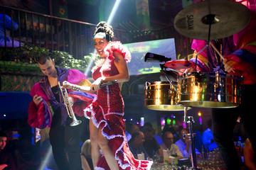 Noche de salsa con clases y música en directo