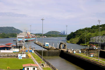 Crociera turistica con transito parziale del Canale di Panama
