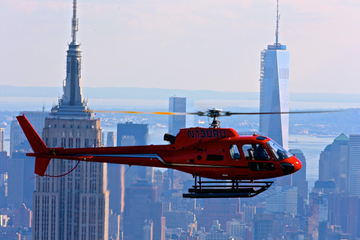 Complete helikoptervlucht over New York