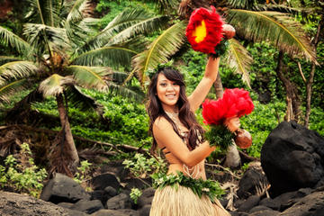 Luau-fest i soldnedgången i Kaanapali på Maui