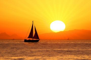 Croisière au coucher du soleil avec du champagne à Saint-Martin