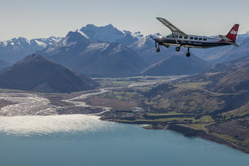 Milford Sound Coach, Cruise and Flight Sightseeing Tour from...