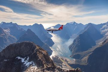 Milford Sound Tour with Flight, Cruise...