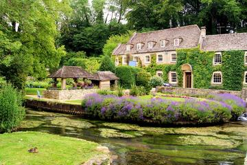 Private 2-Day Cotswolds and Villages Tour by Luxury Car from London