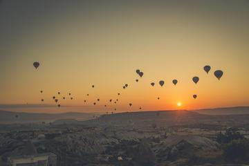 Excursão em balão de ar quente para grupos pequenos na Capadócia