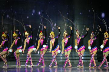 Private Beijing Tour To Mutianyu Great Wall And Acrobatic show