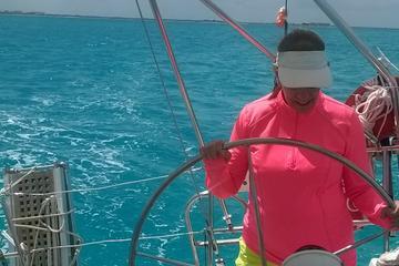 Crucero de vela privado de lujo por Isla Mujeres y Cancún