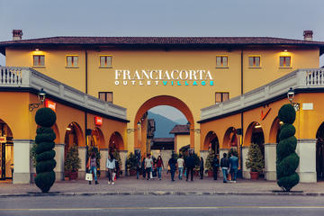 Franciacorta Outlet Village Shopping ...