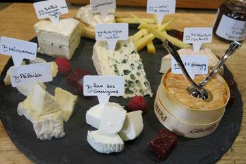 Professional Paris Cheese Tasting Near the Eiffel Tower