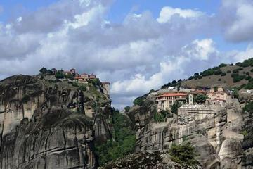 Classical Greece: 4-days tour with Meteora from Athens