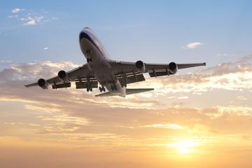 Privater Transfer bei der Ankunft am Flughafen Athen