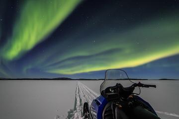 Overnight Aurora Adventure in Lake