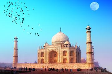 2 Days Agra Overnight and Taj Mahal Sunrise Tour From Delhi by Car