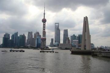プライベートグループツアー: 公共交通機関を利用した上海の一日ツアー