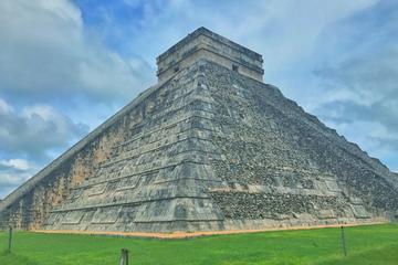 Chichen Itza from Riviera Maya