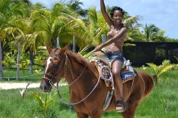 Paseo a caballo cerca de Cancún