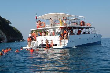 Snorkel Los Arcos departing Puerto Vallarta