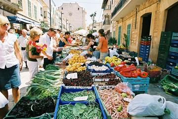 Excursion to the weekly market of Inca in Majorca