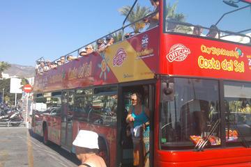 Excursão turística pela cidade de Benalmadena em ônibus panorâmico