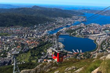 Tur i Bergen mens du er på land: Hopp-på-hopp-av-tur med City...