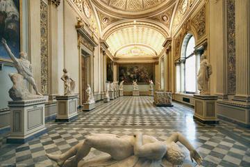 Acesso antecipado: excursão guiada à Galeria Uffizi com ingresso...