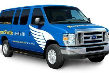 New York: vervoer per shuttlebus bij aankomst zonder wachtrij ...