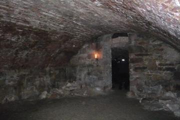 Rundtur till fots till underjordiska källarvalv i Edinburgh