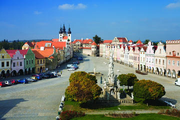 Private return day trip from Cesky Krumlov to UNESCO town of Telc with a guided walking tour