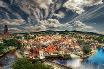 Private Sightseeing Trip from Vienna to Prague via ?eský Krumlov