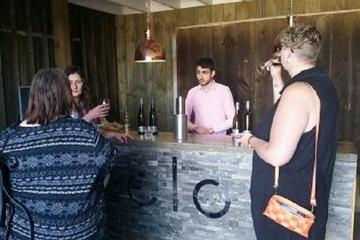 Tamar Valley Food and Wine Day Trip from Devonport, Ulverstone or Burnie