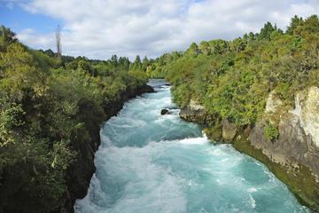 Excursión de 3 días a las cuevas de Waitomo, Rotorua y Taupo desde...