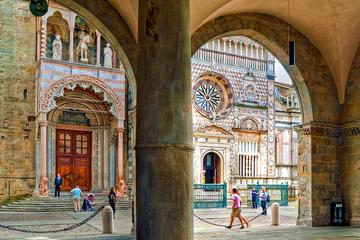 Bergamo Highlights and Franciacorta Wine Tour with Lunch from Milan