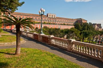 Excursión por la costa a Nápoles: Visita turística de medio día a la...