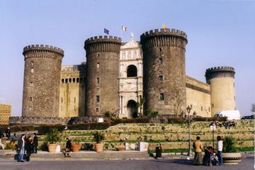Landausflug in Neapel: Stadtrundfahrt in Neapel in kleiner Gruppe