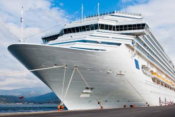 Transfert à l'arrivée de Naples: port de croisière vers le centre de...