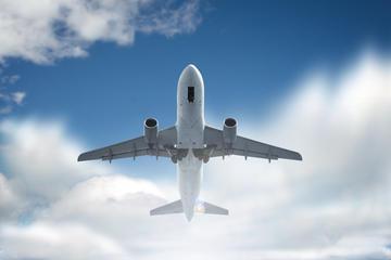 Trasferimento con mezzi privati da Sorrento all'aeroporto di Napoli