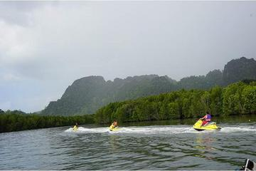 Langkawi Jet Ski Tour Including Private Hotel Transfer and BBQ Lunch