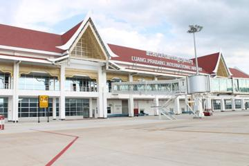 Private Departure Transfer: From Hotel in Luang Prabang to Airport