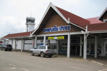 Private Departure Transfer: From Hotel in Pakse to Airport