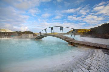 Excursión de un día por la península de Reykjanes y laguna azul desde...