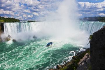 Niagara Falls Tour Canadese kant en boottocht met de Maid of the Mist