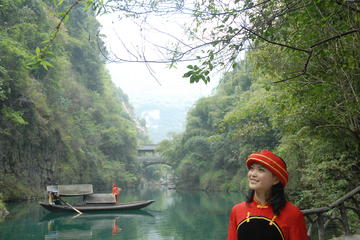 Luxury Yangzi River Cruise - 4 days...